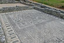 Mosaico de la casa do esqueletos